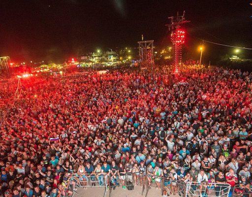 Байк-шоу-2018 в Севастополе: Георгий Победоносец пересел на мотоцикл, а гора Гасфорта превратилась в свалку (2018)